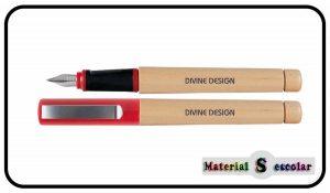 PLUMA MADERA Divine Design Material Escolar